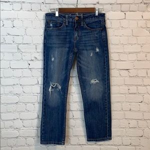 American Eagle / distressed jeans / size 2